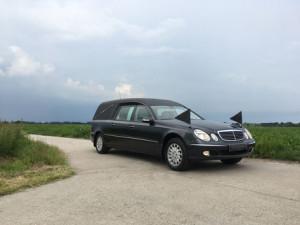 lijkwagen-mercedes